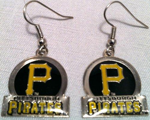 Pittsburgh Pirates Circle Style Dangle Earrings