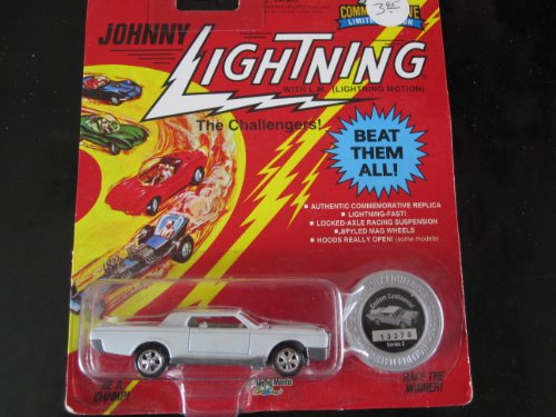 Custom Lincoln Continental (white) Series 3 Johnny Lightning Commemorative Limited Edition - 1