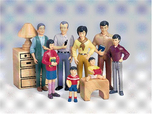 Pretend-Play-Family-Asian-Family-Grandpa-to-Baby