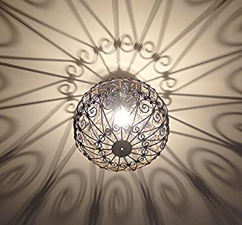 lustre plafonnier marocain en fer forg lampe boule. Black Bedroom Furniture Sets. Home Design Ideas