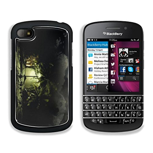 Details-Us Dreamy World Blackberry Q10 Snap Cover Premium Aluminium Design Case Customized Made To Order