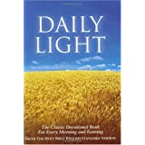 Daily Light on the Daily Path: The Classic Devotional Book For Every Morning and Evening in the Very Words of Scripture [Hardcover]