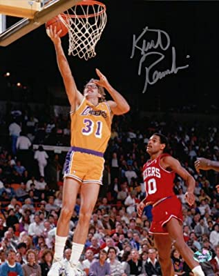 Kurt Rambis Signed 8X10 Autograph Photo Lay Up vs. Sixers Lakers w/COA