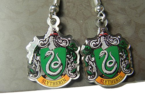 agent-autorise-du-produit-harry-potter-warner-brothers-serpentard-crest-exceptionnel