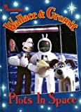 Wallace & Gromit: Plots in Space (Wallace & Gromit Comic Strip Books)