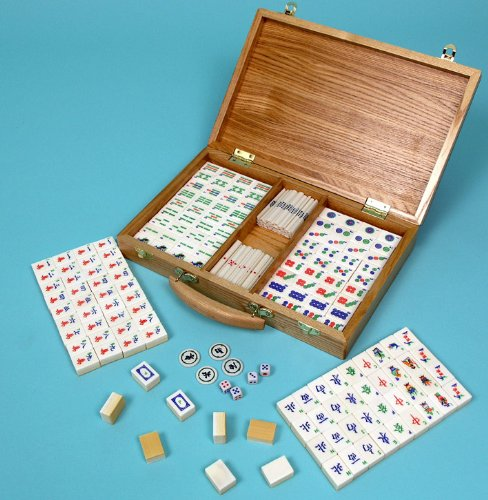 Mah jong set with bone and bamboo tiles - 00695