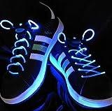 Amazon.co.jp【光る靴ひも】フラッシュ ストリング(ブルー) LED ランニングシューズ 靴紐