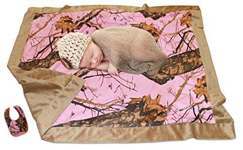 Mossy Oak Baby Blanket Pink Girl Blankie (34x34, Bib + Blanket MOP Faux)