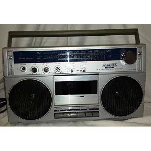 TOSHIBA BOOM BOX-GETTO BLASTER AM/FM RADIO CASSETTE PLAYER-RECORDER