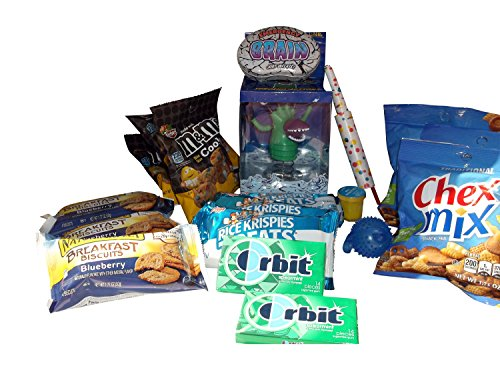 Snacks And Gifts Care Package - Send Snacks And Gifts To College And Boarding School Students (Boy Themed, Large) front-216888