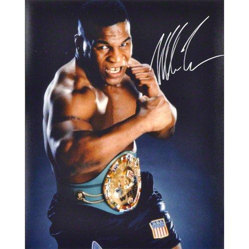 Mike Tyson Autographed 16x20 Photograph【並行輸入】