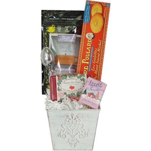 Tutti Frutti Delightful Small Gourmet and Soap Gift Basket, Strawberry Berry