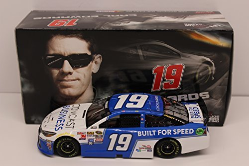 carl-edwards-2015-comcast-business-124-nascar-diecast
