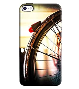 Blue Throat Bicycle Tyre Printed Designer Back Cover/ Case For Apple iPhone 4