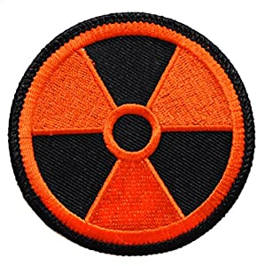 Ecusson orange brodé thermocollant patch nucleaire radioactif radioactivité nuclear 7,5cm