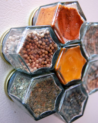 THAI Spice Kit. Set of 7 Magnetic Spice Jars