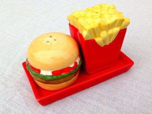 salt-pepper-pots-burger-chips-salt-and-pepper-set-fun-table-accessory