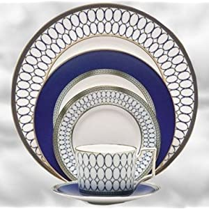 "Wedgwood ""Renaissance Gold"" 5-Piece Place Setting"