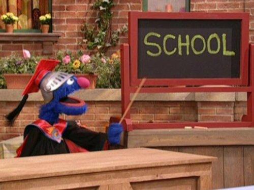 Professor Grover's Super-Hero school. Episode 4071