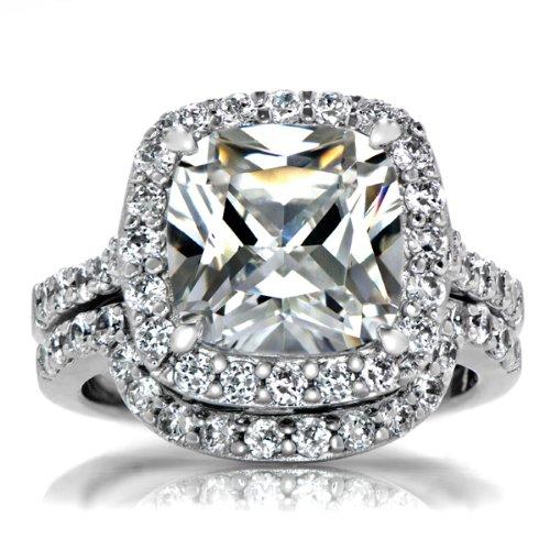 Sheera's Faux Diamond Wedding Ring Set - Cushion Cut