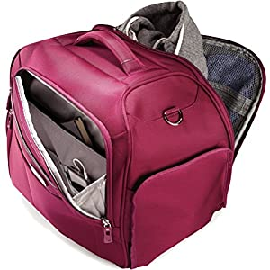 The boarding bag has a main compartment, an organizational front pocket and a small front pocket