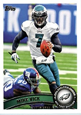 2011 Topps Football Card # 440 Michael Vick - Philadelphia Eagles - NFL Trading Card in a Protective Case!