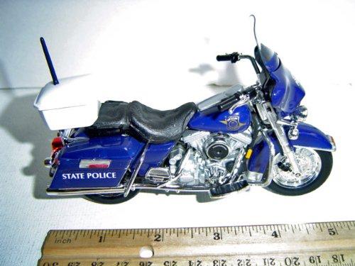 Harley Davidson Motorcycle Michigan State Police 1:18 Series 8