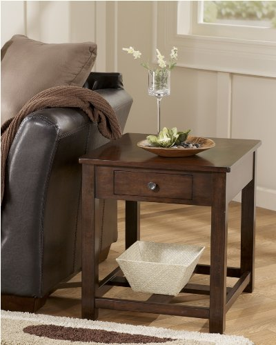 "Cheap ""Famous Collection"" End Table By ""Famous Brand"" (T477-3)"