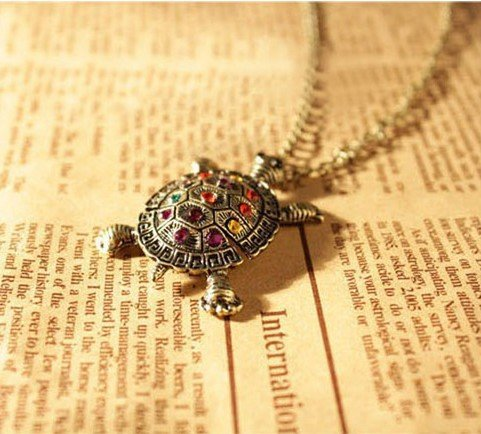 Buyinhouse Retro Crystal Turtle Pendant with Chain - 1