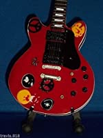 Mini Guitar TEN YEARS AFTER ALVIN LEE Red Statuette GIFT
