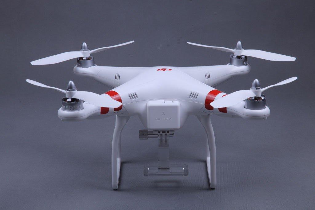 DJI Phantom Quadcopter mit integrierter