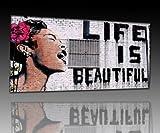 """Druck auf leinwand """"Banksy"""" Graffiti – Bild 150x100cm – Life is beautiful ! Bild fertig auf Keilrahmen !Kunstdrucke, Wandbilder, Bilder zur Dekoration – """"Banksy"""" Streetart , direkt vom Hersteller"""