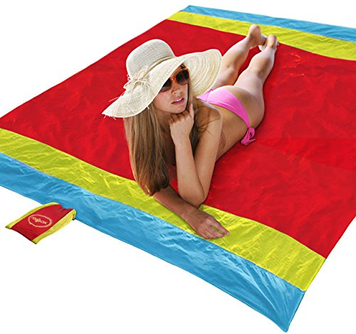 Family Beach Blanket: Best Lightweight Beach Blankets Buying Guide 2019-2020 On