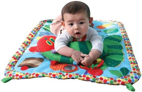 ねんね期の赤ちゃんも夢中☆プレイマット・ベビージムおすすめ11選