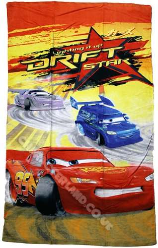 Disney Cars 2 'Lightning Mcqueen Drift Star' Children's Bath / Beach Towel - 100% Cotton Velour - Great For The Bath, The Gym, The Pool or On the Beach