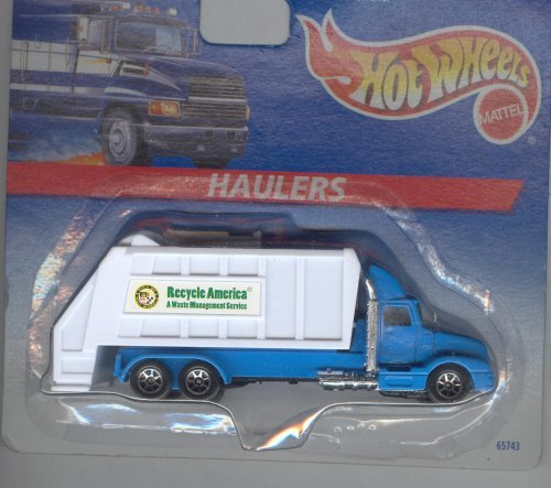 Hot Wheels Loaders Garbage Truck 1:64 Scale - 1