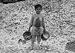 A Child Gathers Oysters, Biloxi, 1911 Photograph - Beautiful 16x20-inch Photographic Print from the Library of Congress Collection