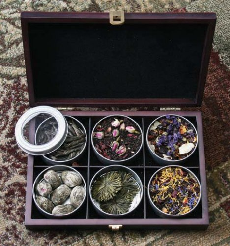 Loose Leaf Wooden Presentation Box With 6 Fruit & Flower Teas front-840656