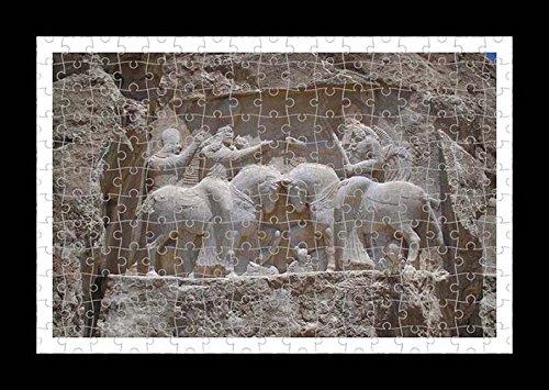 Stile Puzzle, Pre-assemblato da parete con stampa di Necropolis by Lisa Loft
