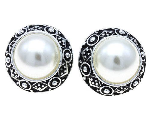 EARRING CLIP PEARL CREAM Fashion Jewelry Costume Jewelry fashion accessory Beautiful Charms