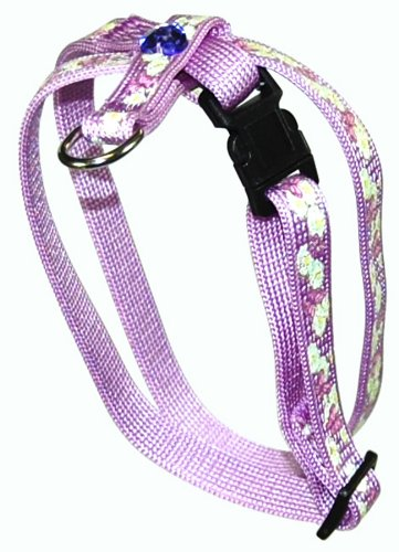 how to put on a figure 8 cat harness