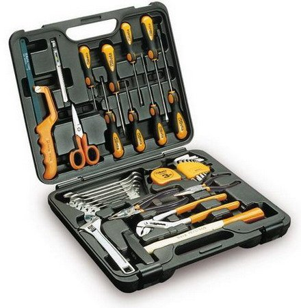 Beta 2040Uc 33 Piece Wrench, Plier, Electrician'S Scissor, Needle, Screwdriver, Engineer'S Hammer, Measuring Tape, Hacksaw, Blade And Extra Flat Knife Assortment In Case