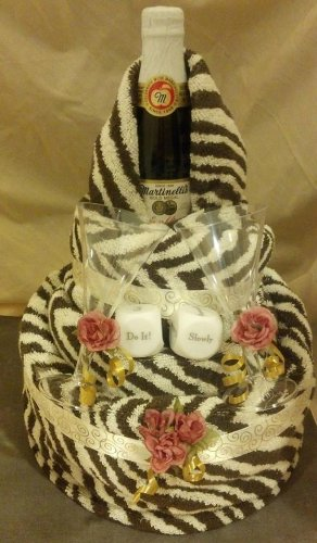 Towel Cake Bridal Shower front-1073858