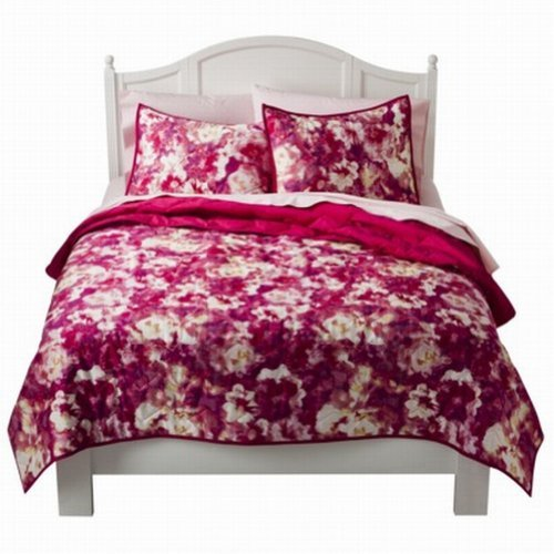 Xhilaration Full Queen Bed Quilt Pretty Pink Floral Watercolor Flowers front-75495