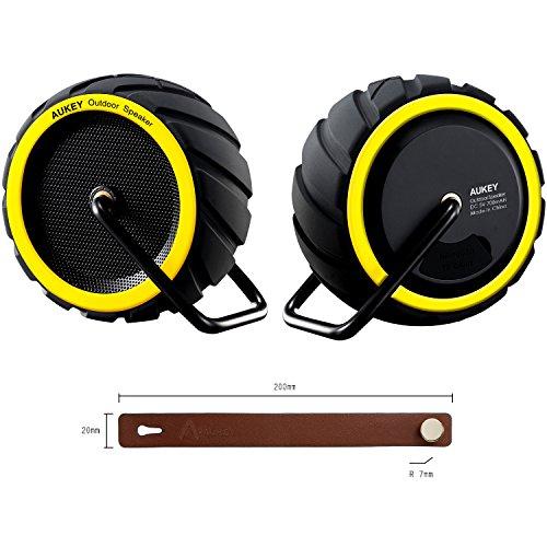 AUKEY Altavoz Bluetooth Portátil con Bluetooth + EDR (con alta calidad de audio, micrófono incorporado, luz LED, perfiles A2DP, 6 horas de batería) (Amarillo) SK-M4