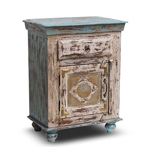 vintage schrank landhaus 2016 vintage101. Black Bedroom Furniture Sets. Home Design Ideas