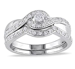 Glamorous Inexpensive Diamond Bridal Set Half Carat Round Cut Diamond on Gold