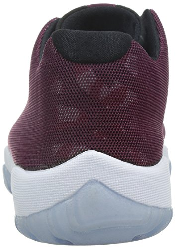 nike jordan men 39 s air jordan future low bordeaux black gym red white casual shoe 8 men us. Black Bedroom Furniture Sets. Home Design Ideas