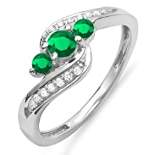 buy 14K White Gold Round Emerald And White Diamond Ladies Swirl Engagement 3 Stone Bridal Ring (Size 6.5)