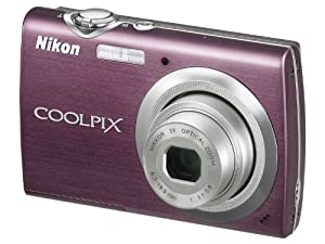 Nikon Coolpix S230 Digitalkamera (10 Megapixel, 3-fach optischer Zoom, 7,6 cm (3 Zoll) Display) lila
